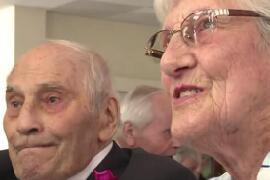 世界上最老的新婚夫妇,两人年龄总和为194岁