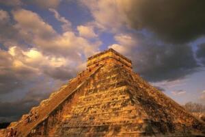 玛雅金字塔,或为外星人建造(巨石之谜)